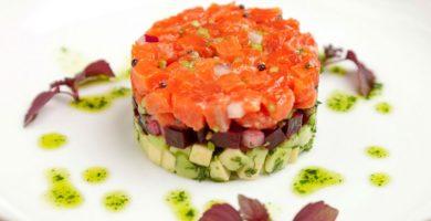 tartar de salmon con remolacha